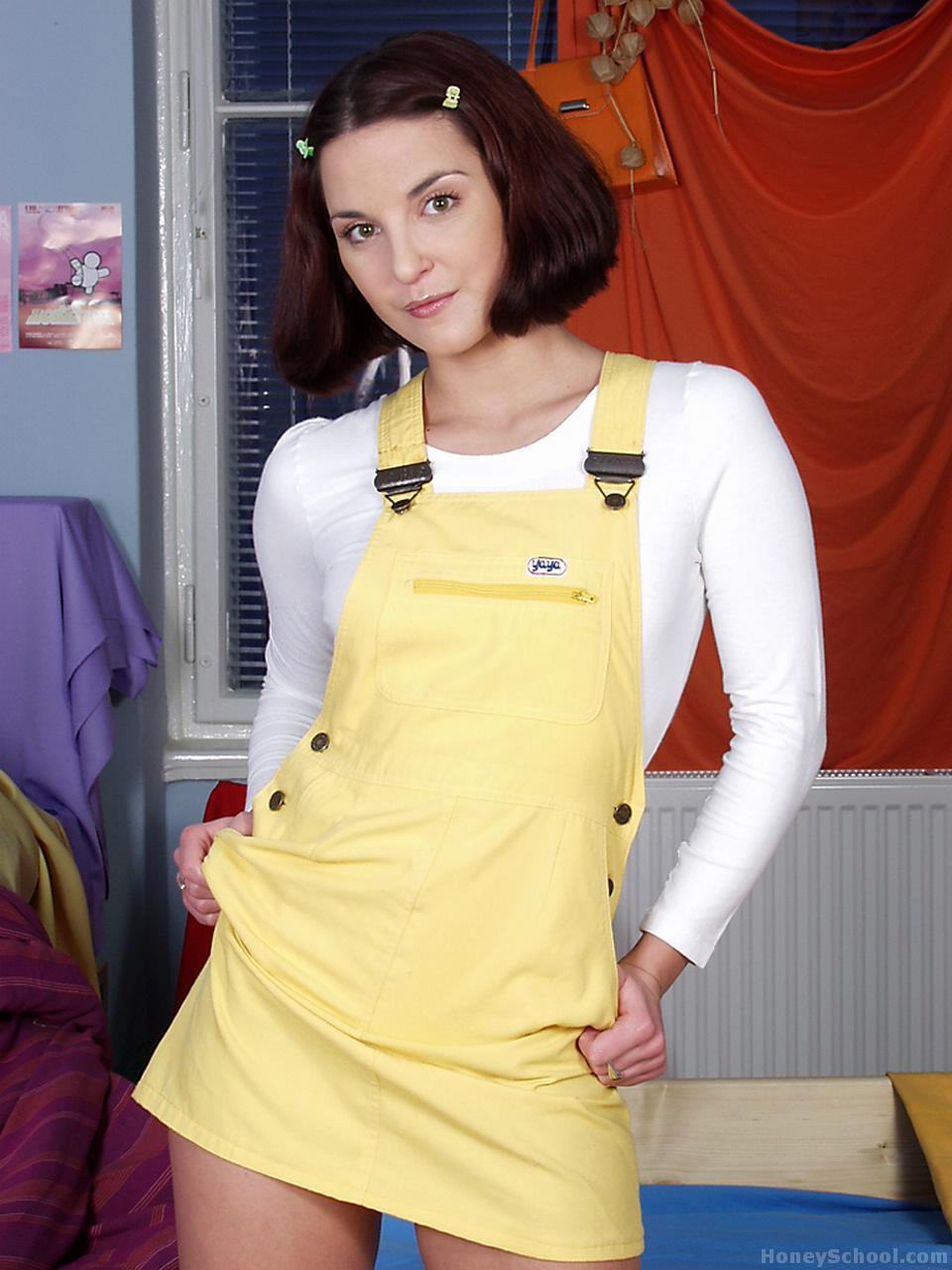 Justine Cute Yellow Overalls